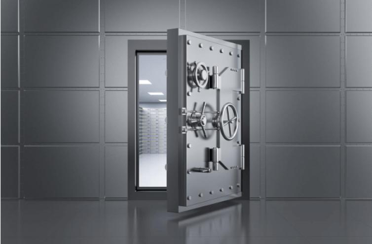 דלת כספת Shutterstock